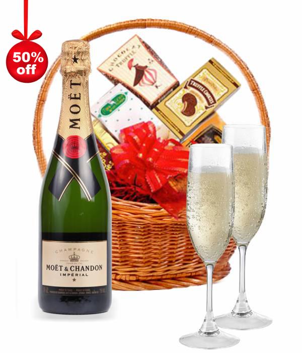 Moet & Chandon Champagne Hamper