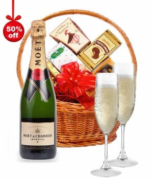 Moet & Chandon Champagne Hamper